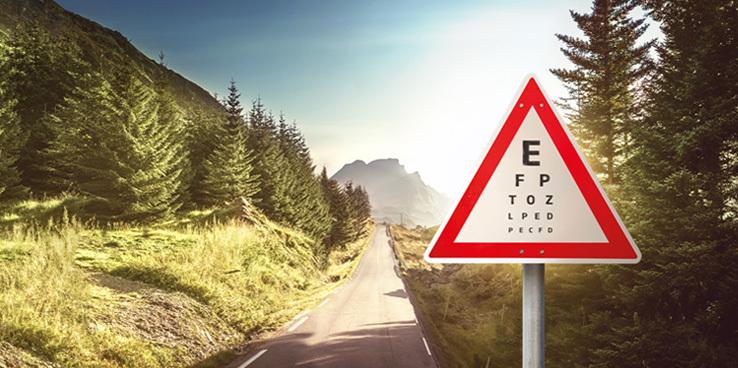 Få dine øyne testet av våre autoriserte optikere